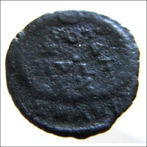 ANCIENT ROMAN Emperor CONSTANS 337 to 350 Ad Follis Siscia mint Ae3 bronze Coin