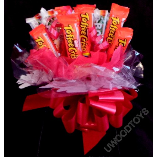 Sweet Bouquets : Toffee Crisp Chocolate ~ sweet display ~ delivered in patterened box