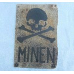 Extremely Rare Original German WWII PLATE MINEN with Skull & Bones, 1942