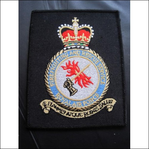 ROYAL AIR FORCE FIREFIGHTING AND RESCUE SERVICE FIRE SERVICE CLOTH BADGE
