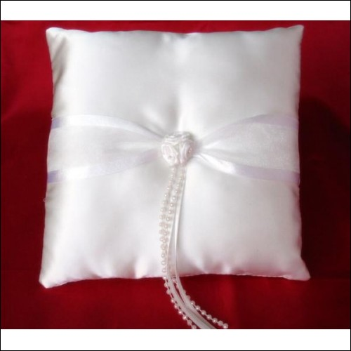 Wedding accessories: stunning white ring cushion/pillow