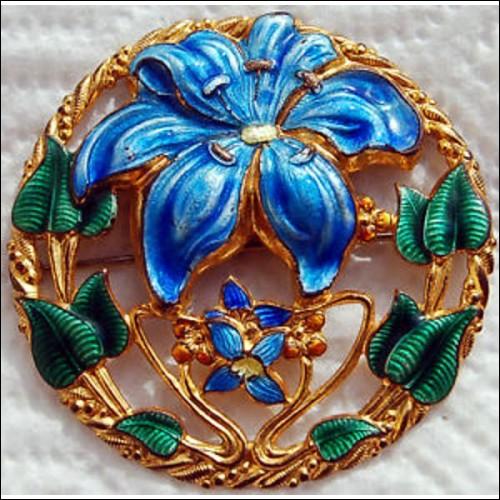 Art Deco 1920s Guilloche Enamel Pin or Brooch
